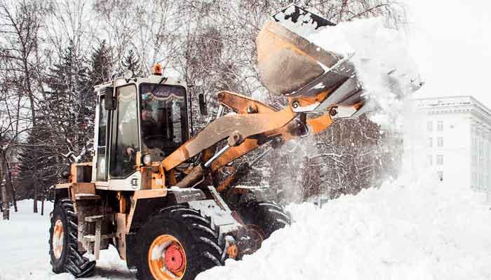 вывоз снега и уборка